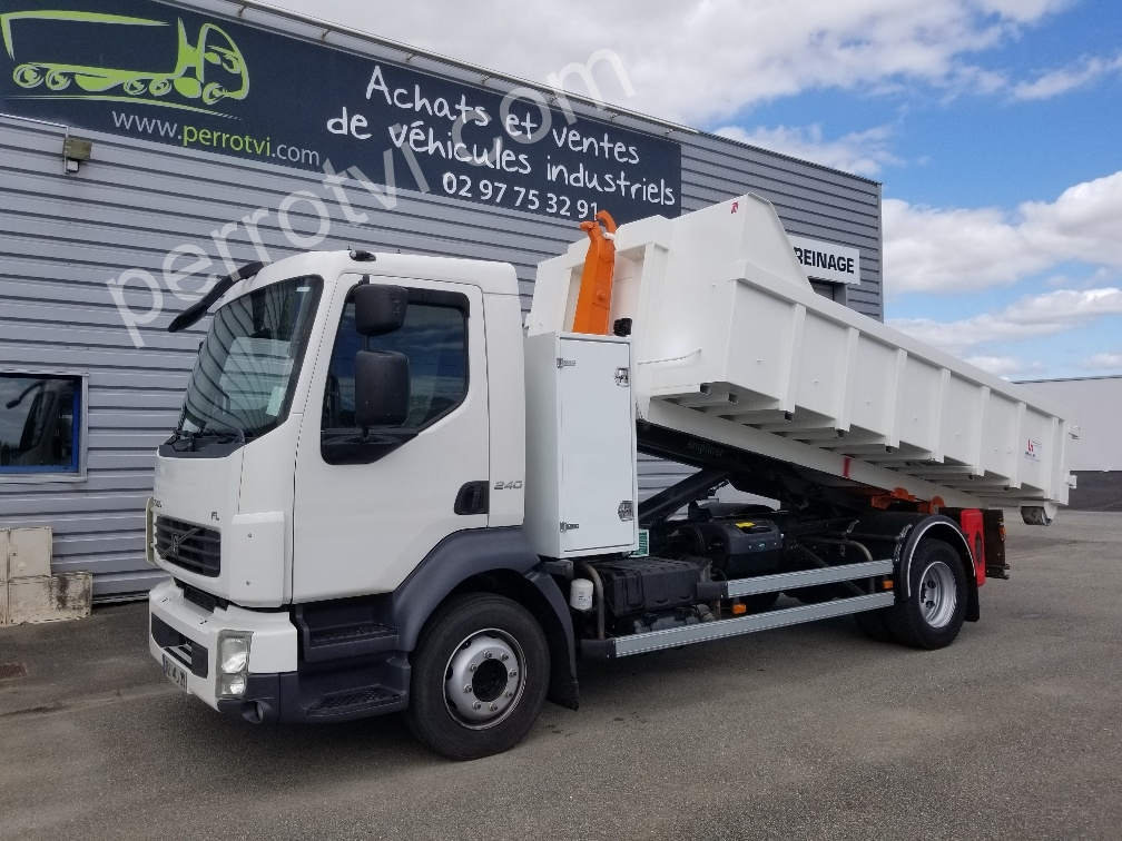 VOLVO fl240 photo 1